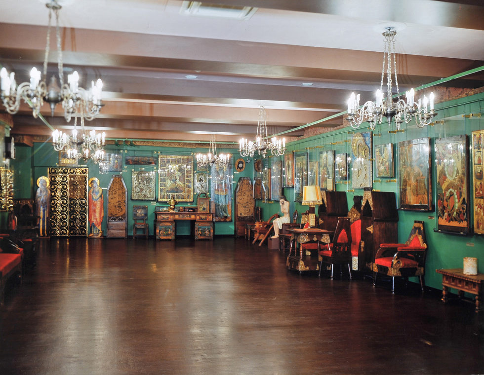 Hall where is exhibited collection I. Glazunov in Moscow State Art Gallery of the People's Artist of the USSR Ilya Glazunov. Moscow