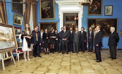 Президент Российской Федерации В.В. Путин посетил Российскую Академию живописи, ваяния и зодчества Ильи Глазунова
