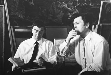 Итальянский режиссер Джузеппе Де Сантис и Илья Глазунов в мастерской художника. Москва