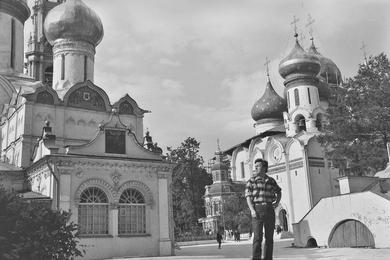 Ilya Glazunov in the Trinity-Sergius Lavra. Zagorsk